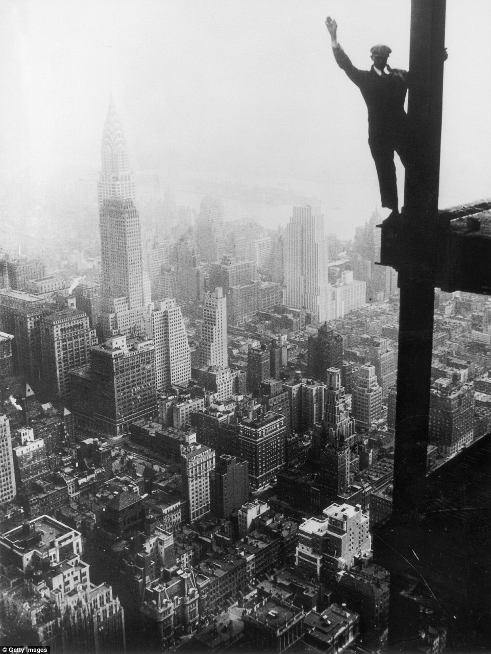TRESTLES - Hello there, atop the Empire State Building 1931